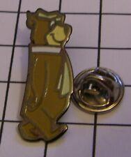 YOGI BEAR variant 3 HANNA BARBERA vintage pin badge Z4X