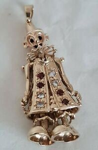 9ct Solid Yellow Gold novelty charm / fob / pendant. Fashioned as a Clown .