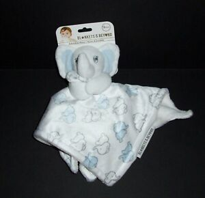 NEW Blankets and & Beyond Elephant Baby Blanket Blue Grey White Holding Hearts