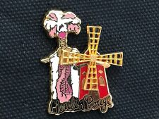 a pins pin FEMME SEXY PIN-UP CABARET LE MOULIN ROUGE SIGNE ELIXYR