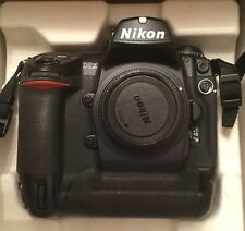 Nikon D2X 12.4MP Digital SLR Camera - Black (Body only) - immaculate condition