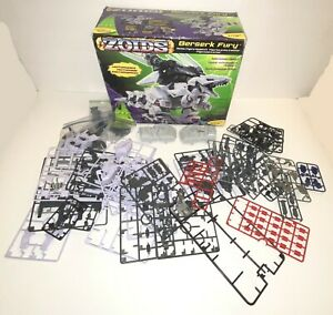 Zoids - Berserk Fury - HASBRO - #049 - 1/72 - With Box!  INCOMPLETE