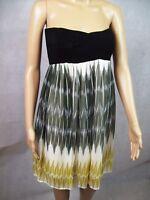 New Wish Spaghetti Strap Casual Party Summer Dress - Tesoro Triotone - Size 8