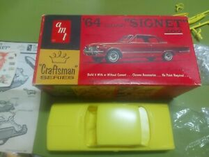 Amt Craftman Series '64 Valiant Signet 200 1/25 Scale