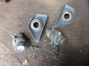 FORD FOCUS ST170 FRONT FOG LIGHTS AND SURROUNDS MK1