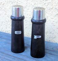 SET 2 VINTAGE / RETRO SALT & PEPPER SHAKERS SILVER TOP WOOD LOOK RESIN &STOPPERS