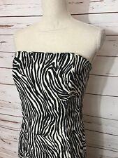 Jessica McClintock for Gunne Sax Size 7 Formal Sleeveless Long Dress Black White