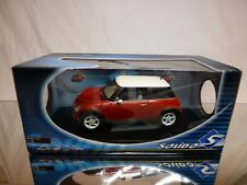 SOLIDO 8080 NEW MINI 2001 - RED 1:18 - EXCELLENT - TRANSPORT STRAPS ON CAR