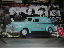 1/25 FORD 40 Sedan delivery The three stooges   AMT