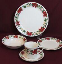 Poinsettia Holiday 20 P Dinnerware Set Rim Decorated Fine Ceramic Christmas
