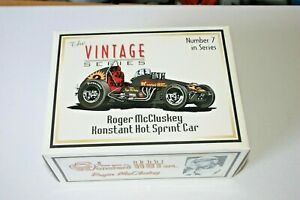 1/18 GMP VINTAGE SPRINT CAR #2 ROGER MCCLUSKEY KONSTANT HOT DIE CAST RACER