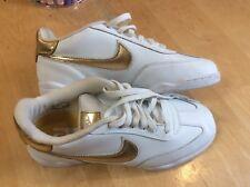VINTAGE Women's Nike Dunk SB FC Dunk Low Shoes White w/ gold trim worn 2x SZ 9.5