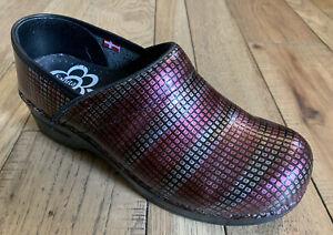 Sanita 38 Burgundy Multi Professional Clogs Work Shoes Walk Stand Support Dansko