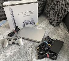 SONY Playstation 2 Slimline mit Controller und OVP (PS2,Silber)