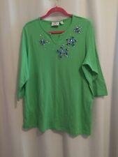 Quacker Factory Tee Shirt Size 1X Bright Green Split Neck Bead Embellished Stars