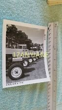 AC0031 Allis-Chalmers Photograph, MEDIA ARCHIVE MULTIPLE TRACTORS PARKED DISPLAY