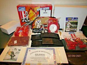 EVEL KNIEVEL DELUXE Dare Devil Stunt Set IDEAL TOYS 2006 NEW IN BOX! RARE!