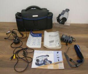 Sony Handycam Vision CCD-TRV218E PAL Video Camera Camcorder + Extras Untested