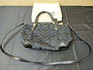 Coach Vintage Black Leather Zip Shoulder Bag Crossbody