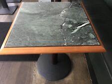 Tisch und 4 Stühle von Thonet Holz/ Leder / Mamor / Leder Dunkelgrün