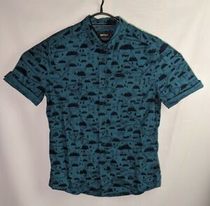 Wesc Men's Blue Short sleeve Button Up Graphic Shirt - Size Small