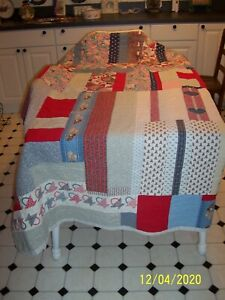 Vintage Hand Made Patchwork Quilt 92 in. X 78 in. IN EXCELLENT VINTAGE CONDITIO