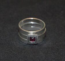 SILPADA - R0949 - Stackable Sterling Silver Garnet Center Ring, Size 6 - RET
