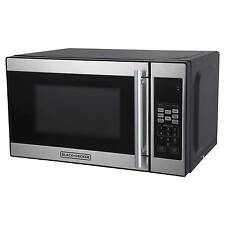 BLACK+DECKER™ ® 0.7cu. ft. 700 Watt Microwave Oven Black EM720CPN-P