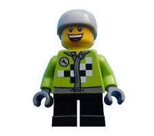 Lego Junge / Mann Torso in limette kurze schwarze Beine Helm Sport hol073 Neu