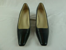 TALBOTS Women's Closed Toe Black Genuine Leather Shoes Heels Size 7.5M