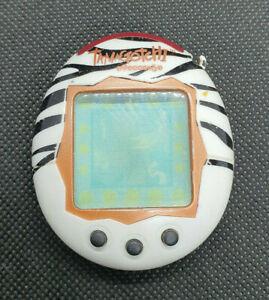 Tamagotchi Connection V2 Zebra Bandai Wiz 2004 - Tested & Working