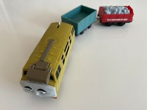 Thomas & Friends Trackmaster Motorised Diesel 10 Train And Carriages