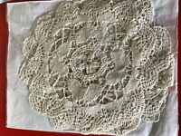 6 lace and crochet coasters / mats