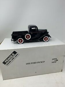 Danbury Mint 1935 Ford Pickup Truck 1:24 Die Cast Black