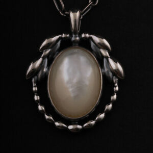 GEORG JENSEN Sterling Pendant of The Year 2021 w. Mother of Pearl. Heritage. NEW