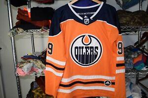 Leon Draisaitl Fight Strap Edmonton Oilers Jersey BOOTLEG ? Check Measurements