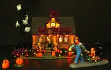 Dept 56 Snow Village Halloween 1031 Trick or Treat Drive