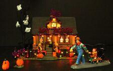 Dept 56 Snow Village Halloween 1031 Trick or Treat Drive