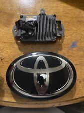 Toyota Oem Radar Wave Cruise Control Sensor 88210-33120 And 53141-33130 Emblem