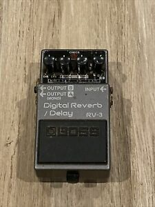 Boss RV-3 Digital Reverb / Delay Works Great