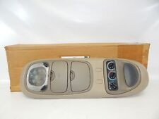 New OEM 1999 Ford Expedition Overhead Console Sunglass Holder Light Temperature