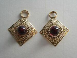 Vintage 14k Yellow Gold Garnet Cabochon Filigree Ladies Dangle Earrings