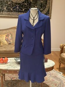 TAHARI BY ARTHUR LEVINE SKIRT SUIT/SIZE 18/RETAIL$280/ ROYAL BLUE/LINED/NEW