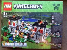 Lego Minecraft The Fortress 21127 tatty box please read.