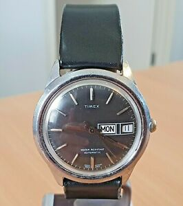 Vintage Timex SS black dial GB made automatic watch