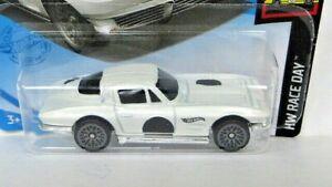 1964 (CHEVROLET) CORVETTE STINGRAY 1:64 (White) Hot Wheels Diecast Car