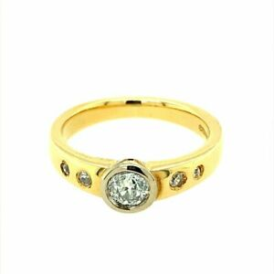 18ct Gold & Diamond Rubover Solitaire