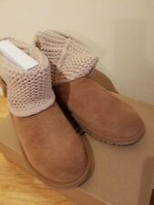 NEW UGGS FOR GIRLS Size 3