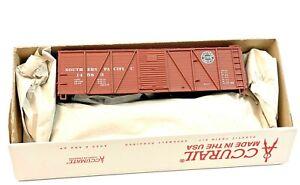 HO Vintage Accurail Illinois Central Boxcar 36210 Kit in Original Box
