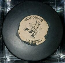 JOHNNY VANCOUVER CANUCKS ART ROSS CONVERSE PAT2226516 WHL USA OFFICIAL GAME  PUCK 1fff32b6a